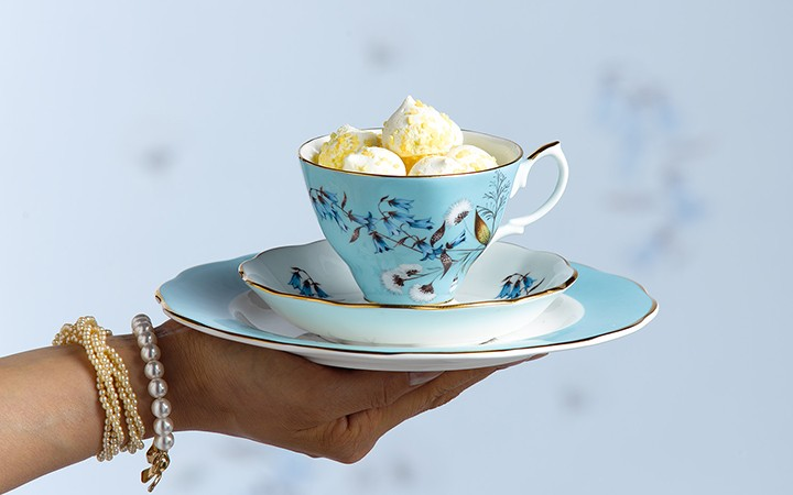 "Набор ""1950 Festival"", чашка с блюдцем и тарелка, Royal Albert - 220 BYN"